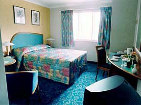 A double room at Comfort Inn Heathrow